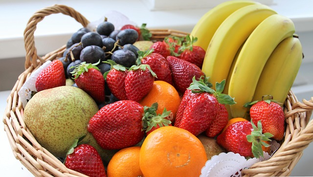 Fruits contains natural sugar