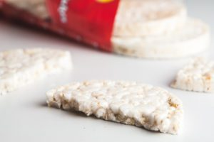 Rice cakes are do not contain proteins